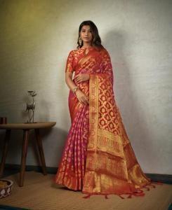 Chiffon Saree in Pink