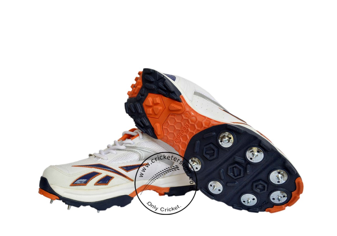 f9062a5d1f640c Reebok Centurion Cricket Spike Shoes Boys and Mens Size