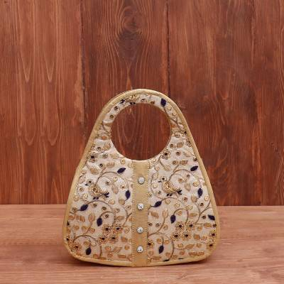 Hand bag D cut floral embroidery return gift