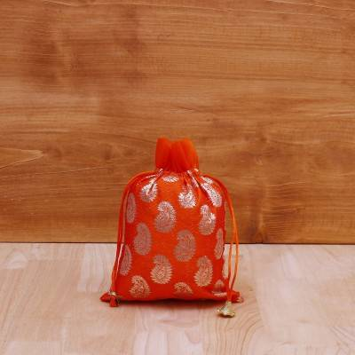 String Bag with mango brocade prints return gift
