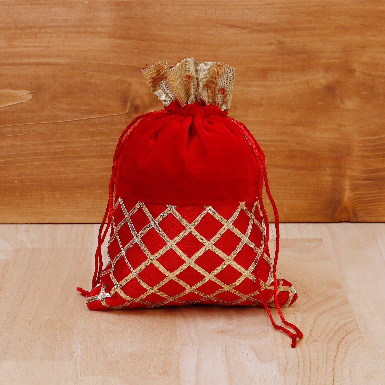 String Bag velvet with golden stripes return gift
