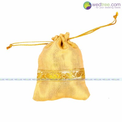 String Bag - String bag made of gold satin with golden zari border return gift