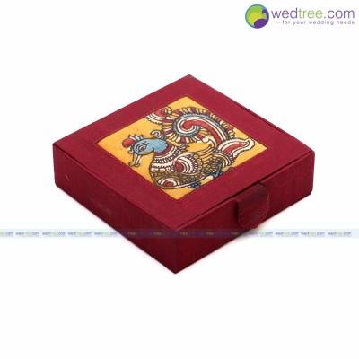 Gift box - Jewellery Box made of silk & kalamkari fabric return gift
