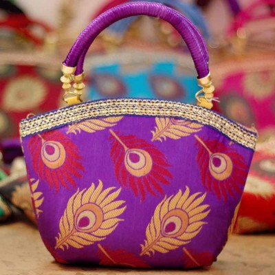 Hand Bag Made Of Fabric With Pea Design Golden Zari Return Gift