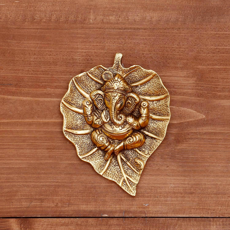 White metal gold oxidised leaf ganesha hanging return gift