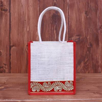 Jute Bag with embroidered velvet lace return gift