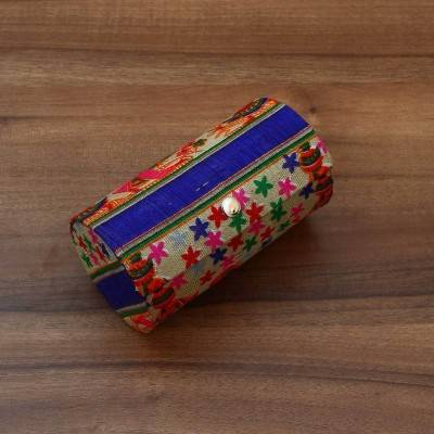 Bangle Holder Lady with Pot Design Indian return gift