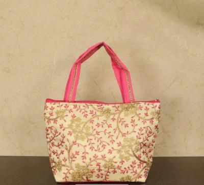 Hand bag with leaf and floral embroidery design return gift
