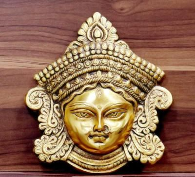 White Metal Amman Face with Gold Finish return gift
