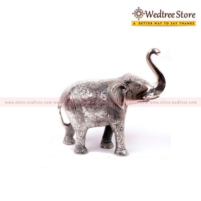 Chain - Hand carved elephant made from white metal return gift