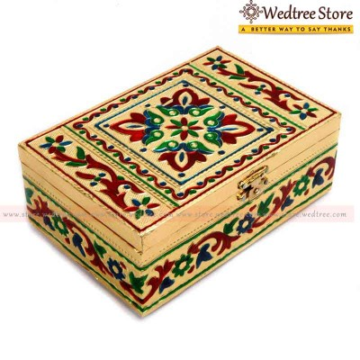 Box - Minakari is the art of coloring and ornamenting the surface of metals by fusing over it brilliant colors that are decorated in an intricate design return gift