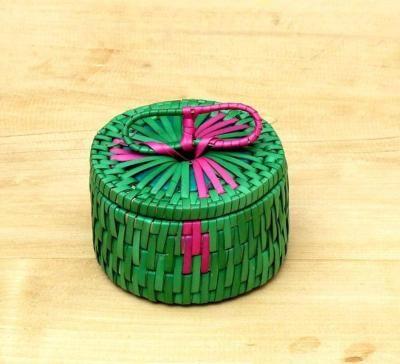 Palm leaf box with handle return gift