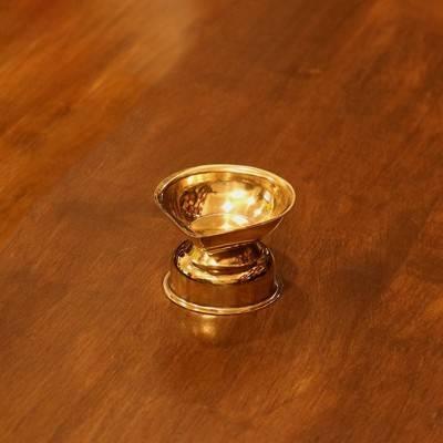 Brass plain agal deepak return gift