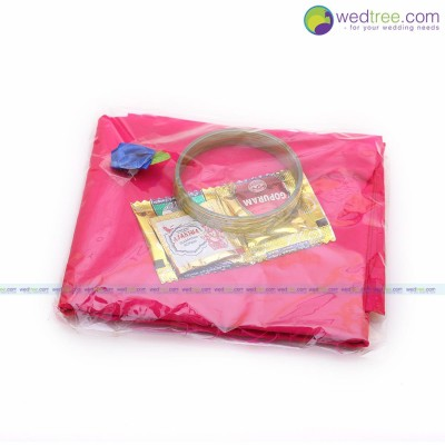 Blouse Bit - Silk cotton Blouse Bit Packing with 4 bangles manjal and kumkum return gift