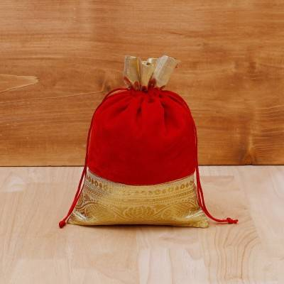 String Bag velvet with golden floral zari lace return gift
