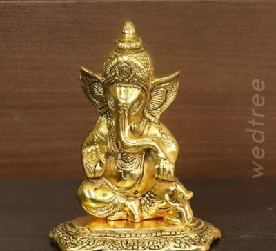 White metal gold finish Ganesha with mouse return gift
