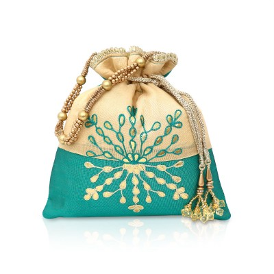 Potli bag - Reflecting the true meaning of ravishing beauty  here we have a luxurious Favor Bag design to serve as the best Return Gift. return gift