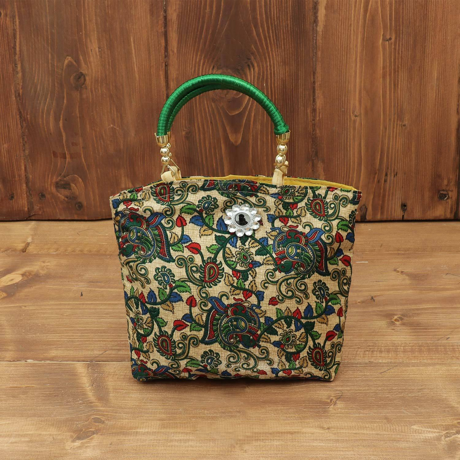 Hand bag with Floral Design return gift