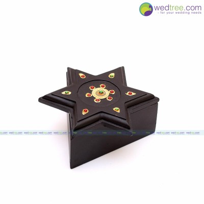 Tanjore painting - Star box made of wood with tanjore painting return gift